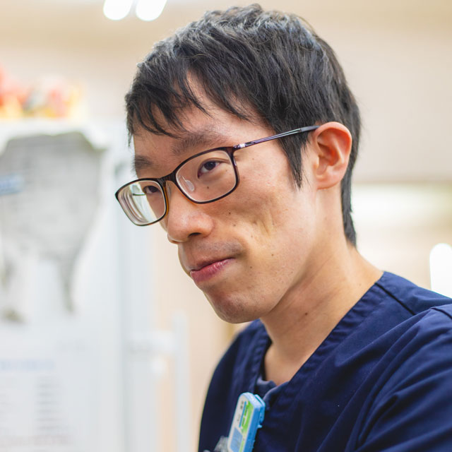 リハビリテーション科 獣医師 大山 隆司