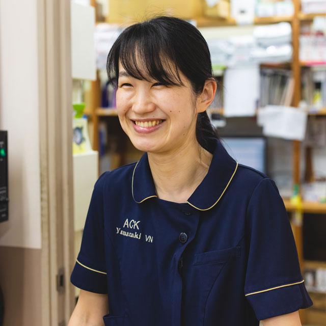 受付事務:山崎さくら/ヤマザキ動物専門学校/認定動物看護師